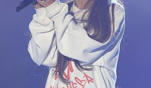"""Ariana Grande podczas drugiego występu w Manchesterze """"One Love Manchester"""""""