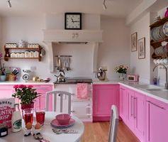 Kolorowa kuchnia - aranżacje kuchni w kolorze
