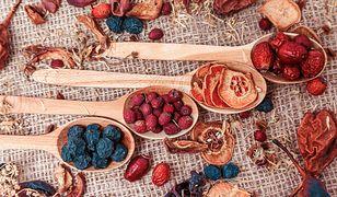 Suszenie owoców w domu - w piekarniku czy w suszarce?