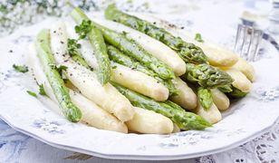 Jak gotować szparagi i do czego je podawać?