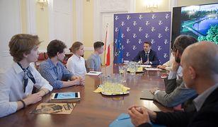 Warszawa. Rafał Trzaskowski spotkał się z działaczami