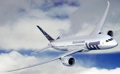 LOT czeka na wyjaśnienia Boeinga ws. brakujących filtrów w dreamlinerach