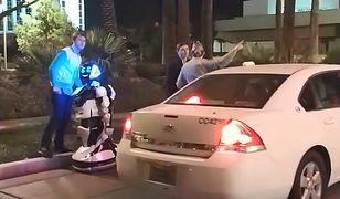 Autonomiczne auto znów potrąciło. Tym razem poszkodowany był... robot