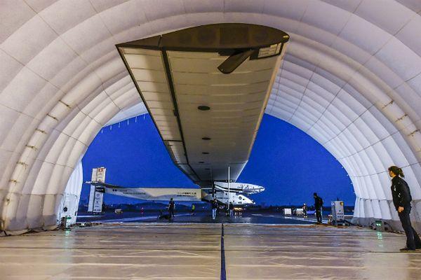 Samolot słoneczny gotowy do kontynuowania podróży dookoła globu