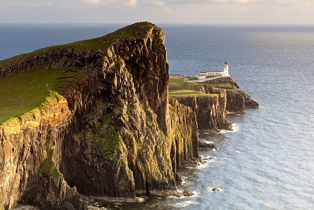 Latarnia morska w Neist Point na wyspie Skye
