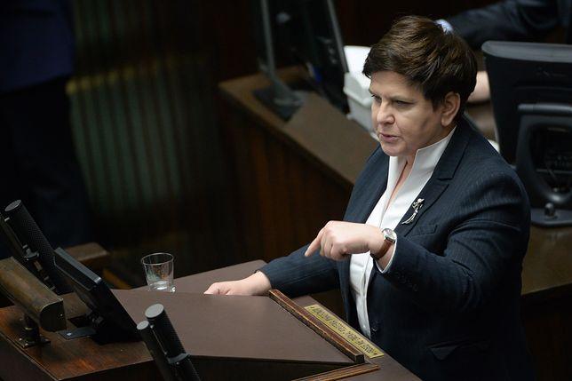 Beata Szydło broniła w Sejmie przyznanych nagród