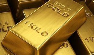 Ostry spadek ceny złota. Najniższy kurs od lutego