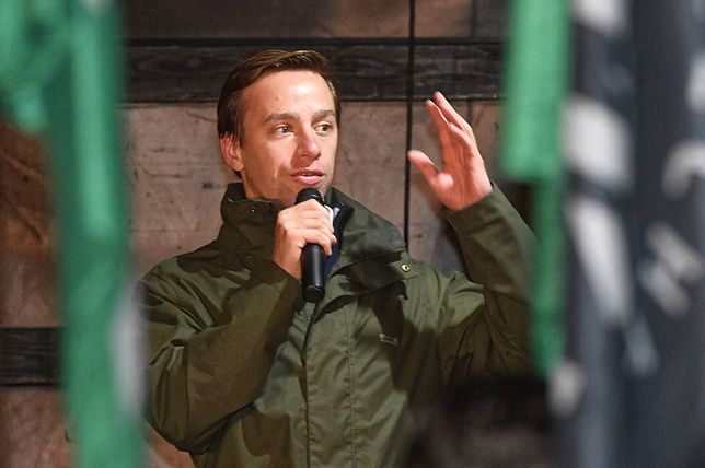 """Krzysztof Bosak uważa, że Dzień Spódnicy i Sukienki, to """"promocja zboczeń"""""""