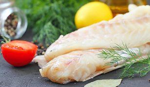 Filety rybne zachęcają do zakupu. Nie zawierają ości, skóry i są łatwe do przygotowania.