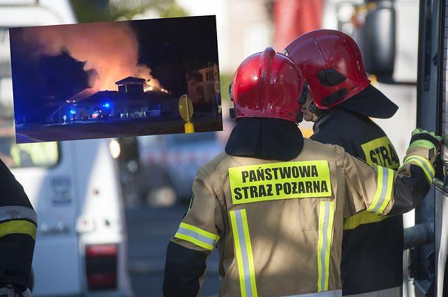 Pożar w Warszawie. Na Wawrze supermarket stanął w płomieniach