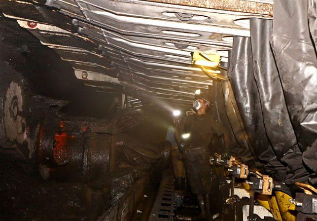 Silne wstrząsy w kopalni Rydułtowy. Szkody bada komisja górnicza
