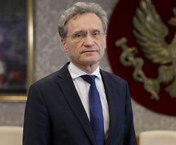 COVID-19. Szczepienia poza kolejnością. Rektor WUM przerwał milczenie