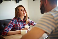 Flirt to już zdrada?! Kobiety i mężczyźni inaczej do tego podchodzą