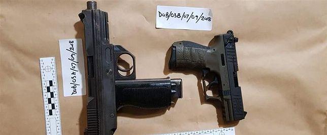 Polacy aresztowani w Wielkiej Brytanii. Przemycali broń palną i narkotyki