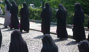 Koronawirus w Polsce. Ognisko zakażeń w klasztorze. Choruje 35 zakonnic