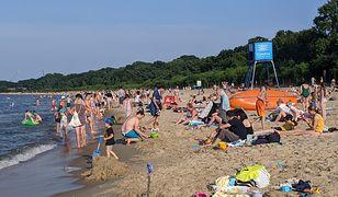 Podczas wizyty nad morzem zawsze warto wybierać plażę strzeżoną