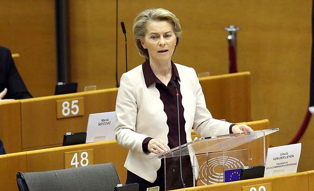 Autorzy petycji zwracają się do Ursuli von der Leyen, przewodniczącej Komisji Europejskiej.