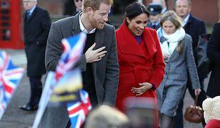 Meghan Markle udaje ciążę, a królowa Elżbieta II chce jej rozwodu z księciem Harrym.