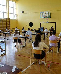 Wyniki egzaminu ósmoklasisty. CKE opublikowała wstępny raport