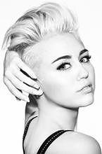 Miley Cyrus pocałowała dziewczynę