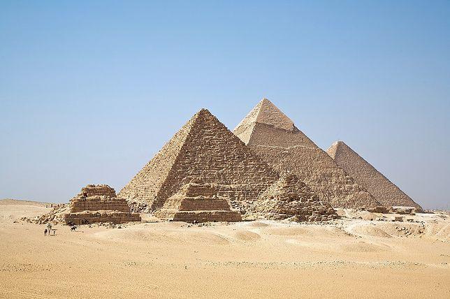 Egipt. Piramidy w Gizie