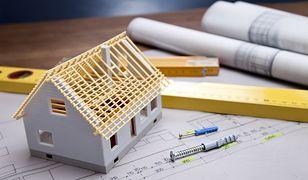 Budowa domu: z prefabrykatów czy murowany?