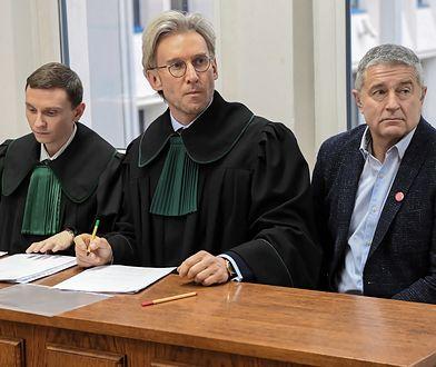 Władysław Frasyniuk z adwokatem Piotrem Schrammem