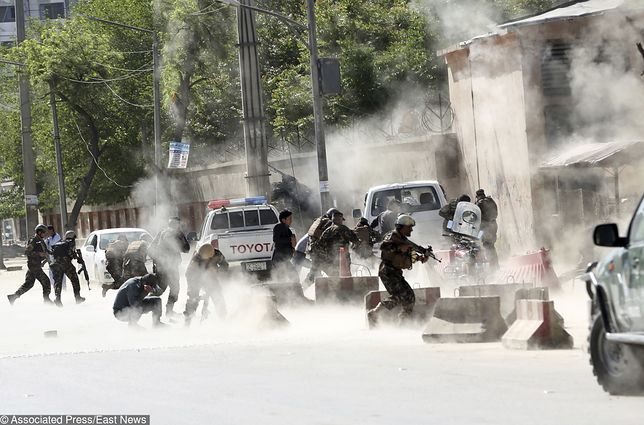 Terroryści z ISIS wzięli na cel dziennikarzy w Afganistanie. Samobójca udawał reportera