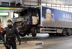 Zamachowiec ze Sztokholmu chce adwokata muzułmanina