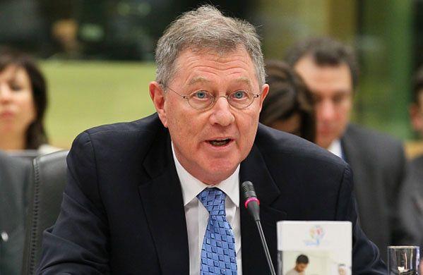 Wysłannik ONZ Robert Serry opuszcza Krym