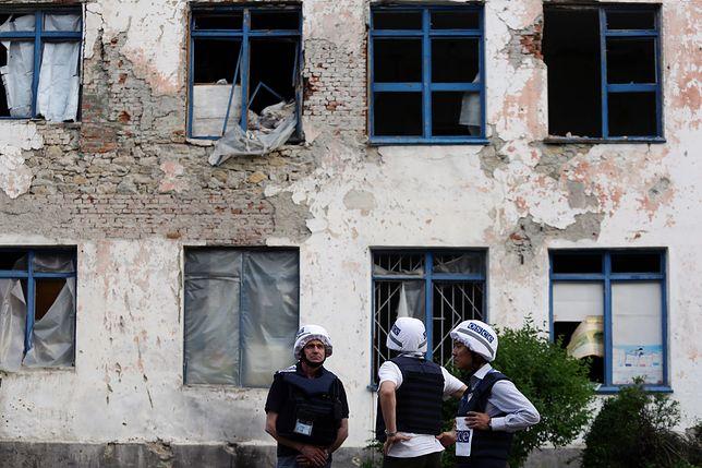 Misja OBWE ostrzelana. Napastnicy wybili szybę i zaatakowali obserwatorów