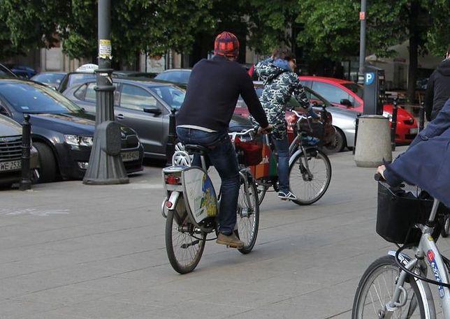 Złamana rama w rowerze miejskim uszkodziła rowerzyście prącie!
