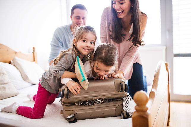 Dni Wolne od pracy 2019 - sprawdzamy kiedy warto wziąć urlop, żeby cieszyć się długim weekendem.