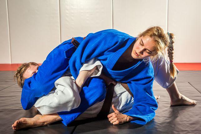 Brazylijskie jiu jitsu to połączenie judo, zapasów i japońskiego jiu jitsu.