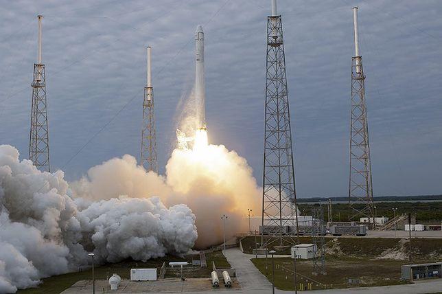 Rakieta Falcon 9, która eksplodowała w lipcu uziemiona na dłużej