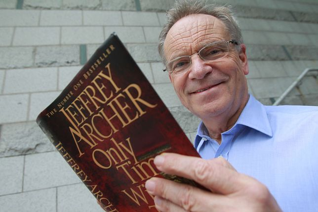 Autor, polityk, kolekcjoner sztuki - Jeffrey Archer