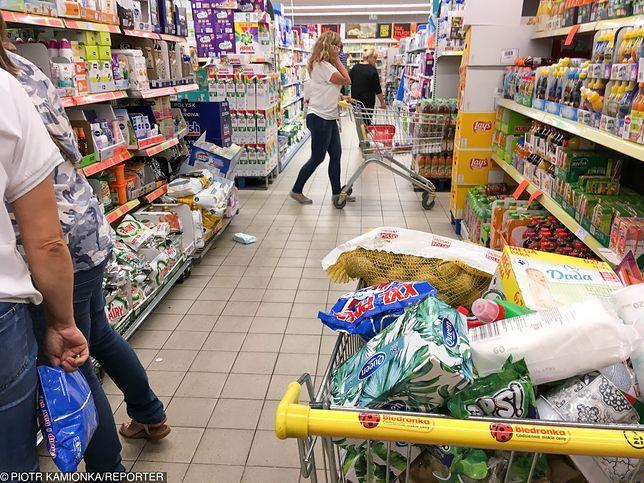 Zakupy jak serial. Polacy żyją od promocji do promocji