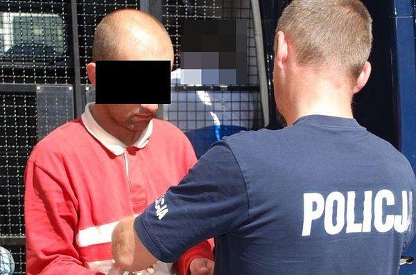 Zrywał łańcuszki w tramwajach. Policja prosi o zgłaszanie podobnych przestępstw