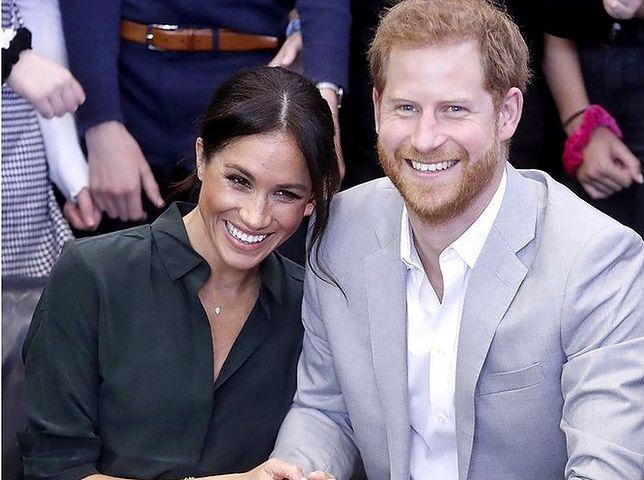 Meghan i Harry przed obiektywem fotoreporterów