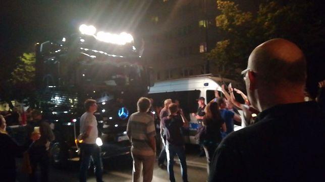 Tir wjechał między manifestujących. Interweniowała policja
