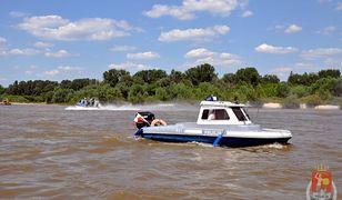 Uratowali 31-latka tonącego w Wiśle