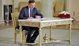 Morze pocztówek dla prezydenta Andrzeja Dudy
