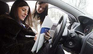 Jak zawrzeć umowę sprzedaży samochodu?