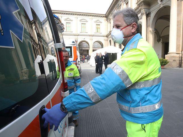 Koronawirus. Ratownicy proszą Polaków: #NieKłamMedyka