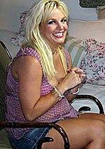 Britney Spears nie chce pocałunku Jessiki Simpson