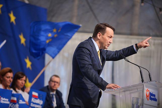 Radosław Sikorski uważa, że prezes PiS powinien zareagować na to, co się dzieje w jego partii