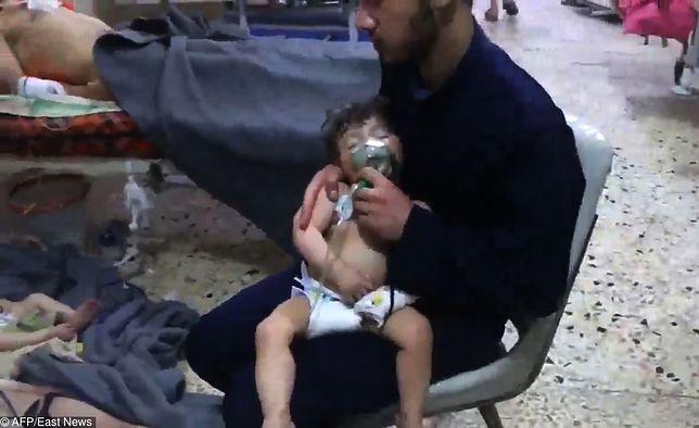 Syryjczyk walczy o życie dziecka otrutego bronią chemiczną