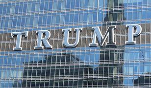 Nazwisko amerykańskiego prezydenta na fasadzie Trump International Hotel and Tower w Chicago