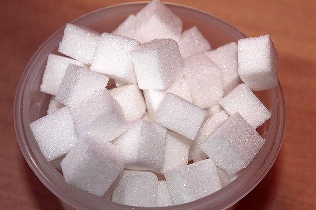 Syrop glukozowo-fruktozowy jest gorszy niż zwykły cukier?