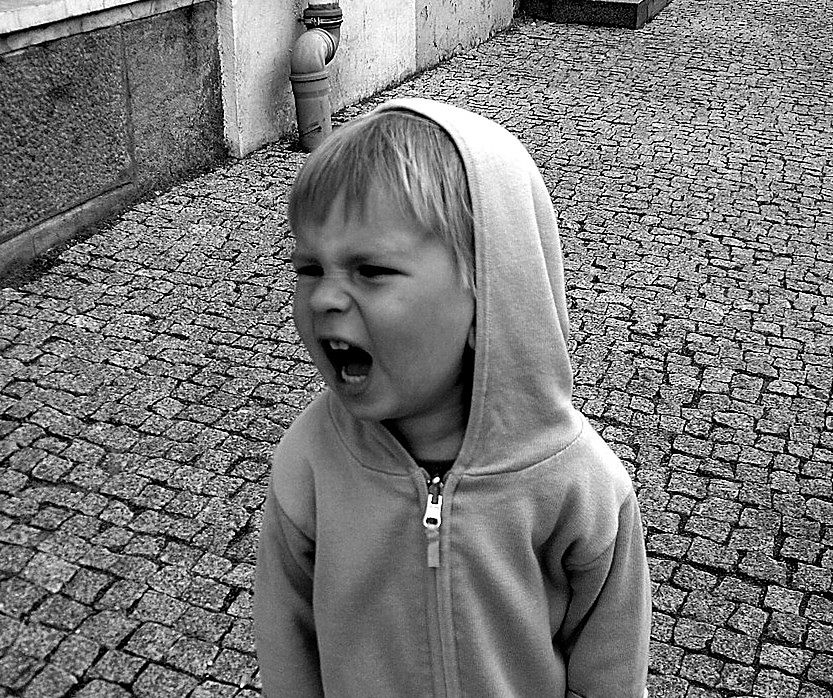 Objawy ADHD u dzieci - hałaśliwość
